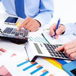 4 مزیت استفاده از نرم افزار حقوق و دستمزد برای کسب و کارها چیست؟
